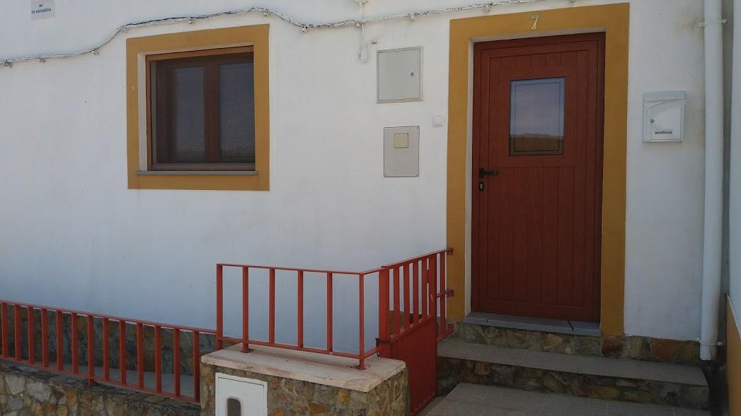 1 Kamer Woning : Rijtjes huis kamerwoning portalegre portalegre verkoop