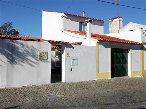Vrijstaand huis 2 kamerwoning + 1